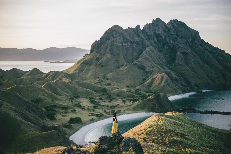 Kudanil Explorer Hiking Komodo Flores Pulau Padar